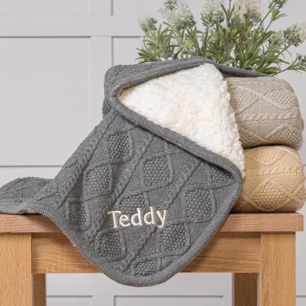Ziggle personalised sherpa fleece cable baby blanket