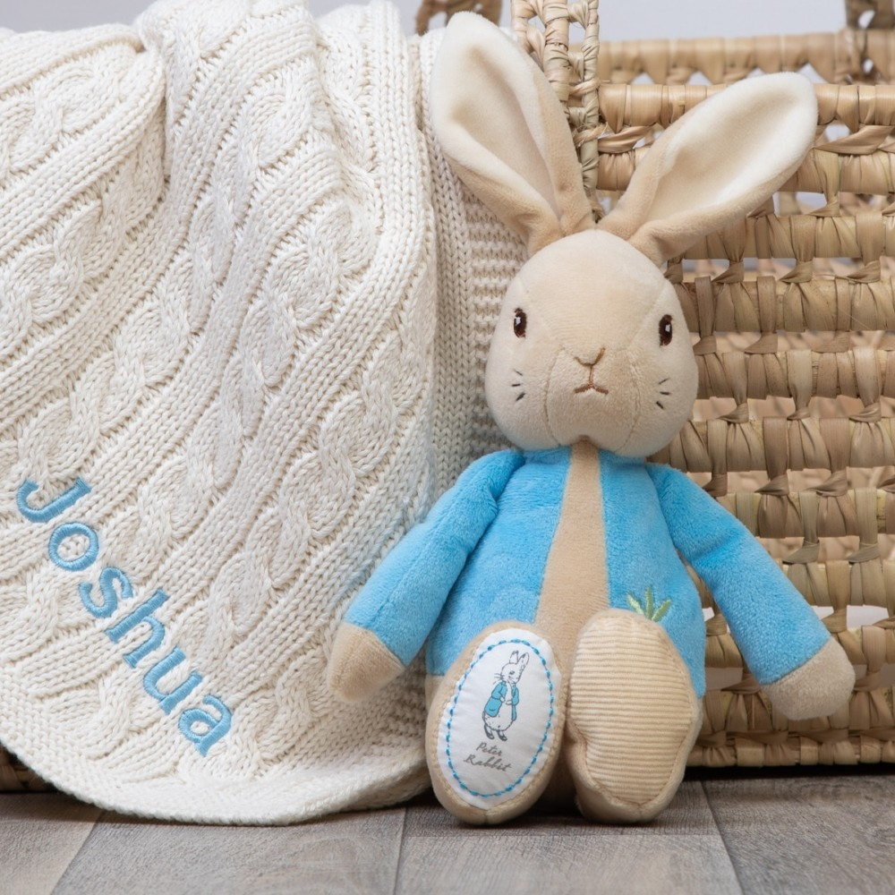 Our blanket range includes cellular, sherpa fleece, cotton knit, cotton cable, polyester and chenille blankets